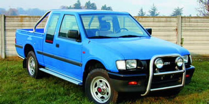 Tubi laterali e tubi posteriori ISUZU PICK UP 1999 aa