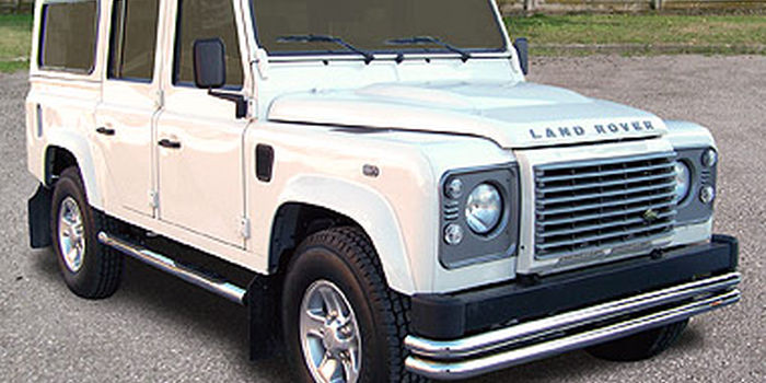 LAND ROVER DEFENDER 110 aa