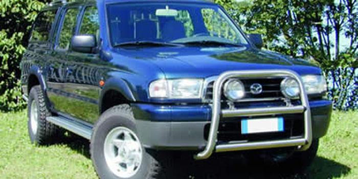 Bull bar MAZDA B2500 PICK UP dal 1999 al 2002 e MOD.2003 aa