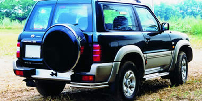 Side and rear tubes  NISSAN PATROL GR 1998 aa