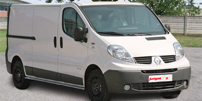 RENAULT TRAFIC 2006 aa