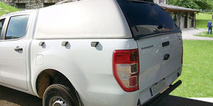 Offroad accessories HARD TOP CARRYBOY LUX WITHOUT WINDOWS 2CAB 4 DOORS with primer, to be paint