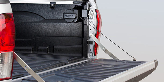 Offroad accessories SLING UP for the assisted opening and closing of the tailgate (not compatible with bed liners)
