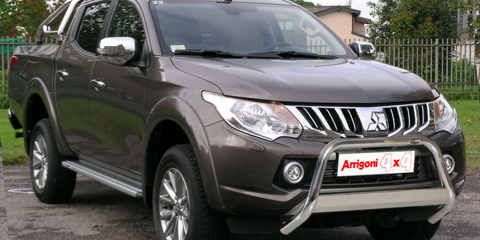 Vasche per pick-up MITSUBISHI L200 MY16 DOUBLE CAB (uscito nel 2015) aa