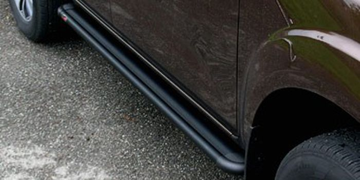 Offroad accessories ALU RUNNING BOARD S50 BLACK