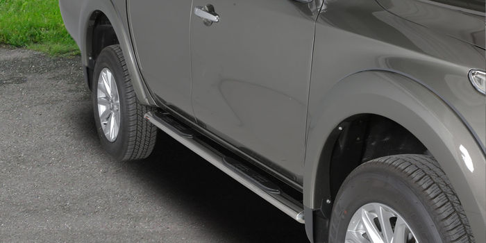 accessori fuoristrada SIDE STEP OVAL STAINLESS STILL BRILL  DOUBLE CAB